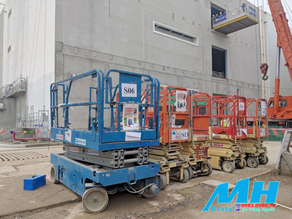 MH Rental Cho thuê lô xe nâng người cắt kéo tại Hà Nội